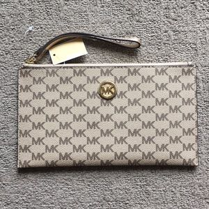Michael Kors Large Fulton Clutch